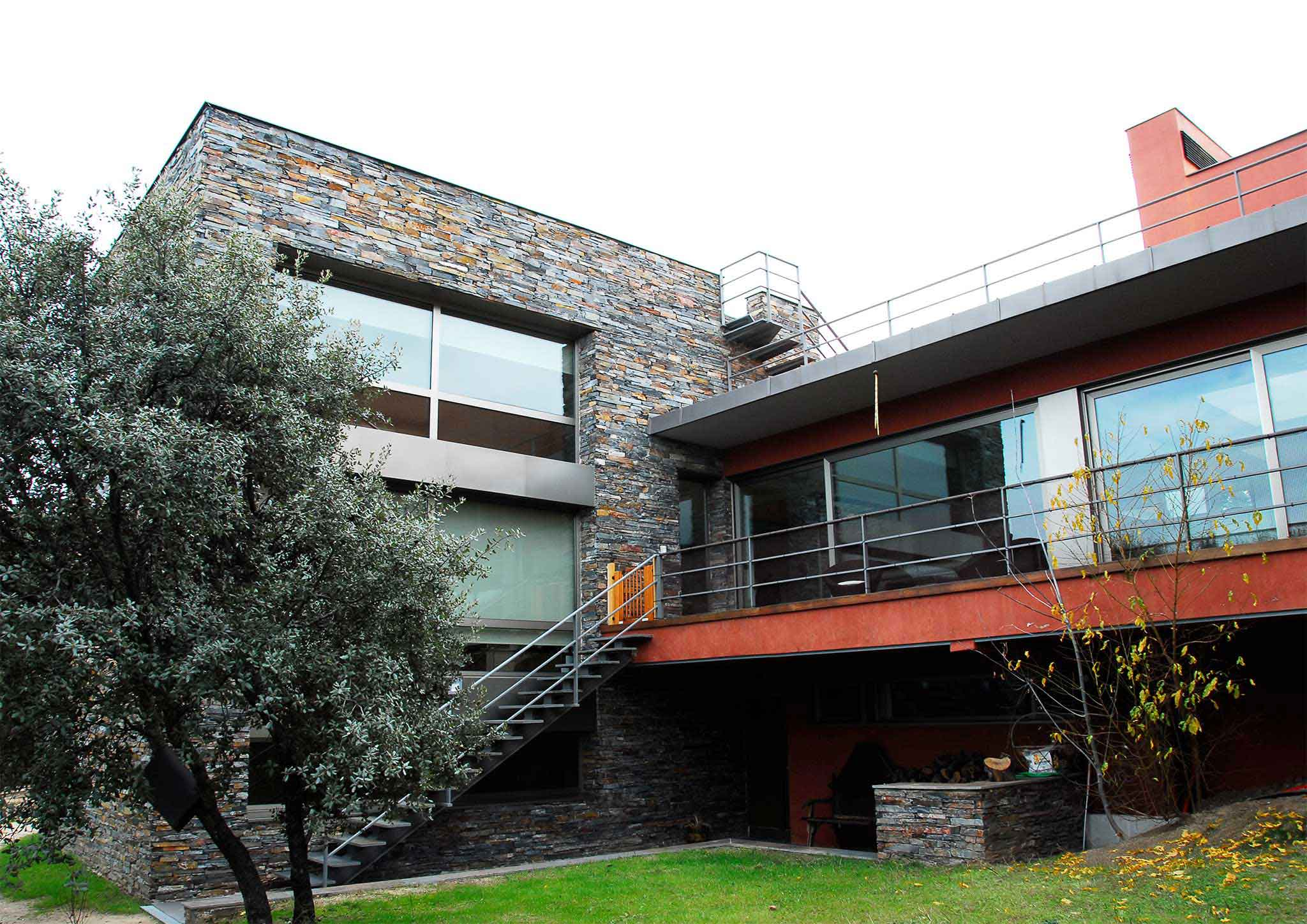 Casa en villanueva de la ca ada madrid otero arquitectos - Casa villanueva de la canada ...